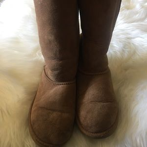Ugg used condition boots